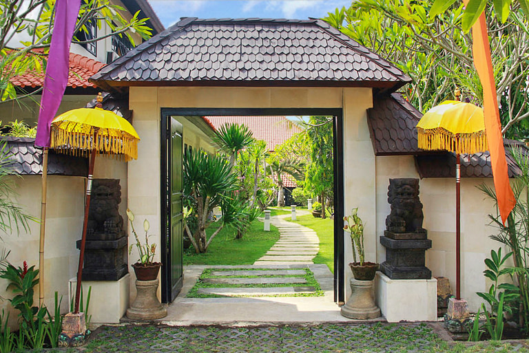 Entrance at Seasons Bali Rehab
